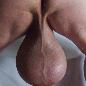 Meztelen nagy fasz